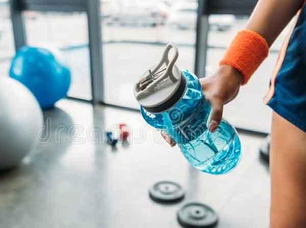 пейте воду на тренировках